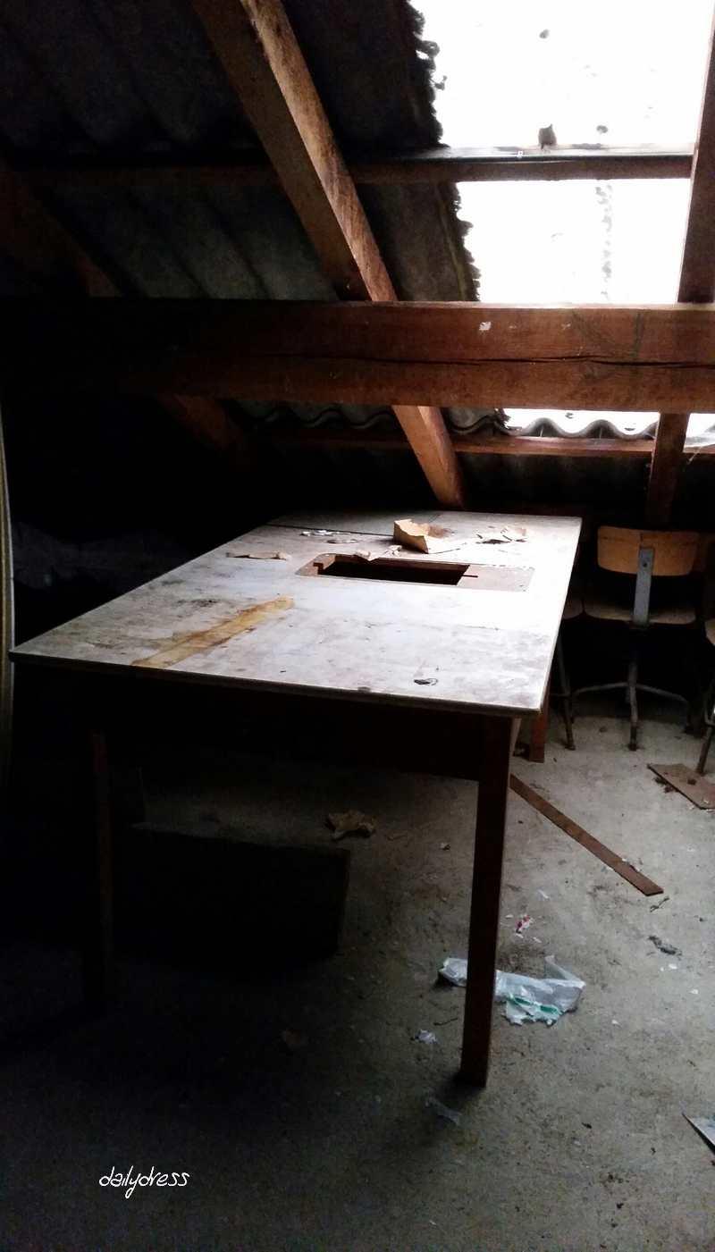 Dachbodenfund 2 Der alte Tisch